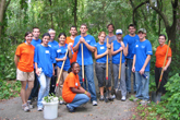 [UF Law Students Begin School Year by Giving Back to the Local Community]